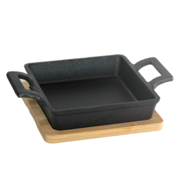 Cast Iron Pan With Bamboo Base 13х13 cm